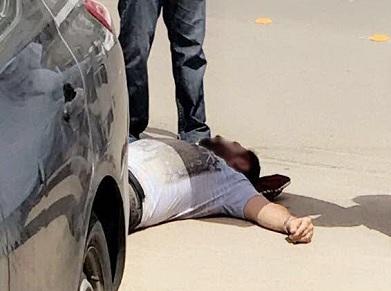 سائق يدهس مواطن ويطعنه بوجهه في مادبا