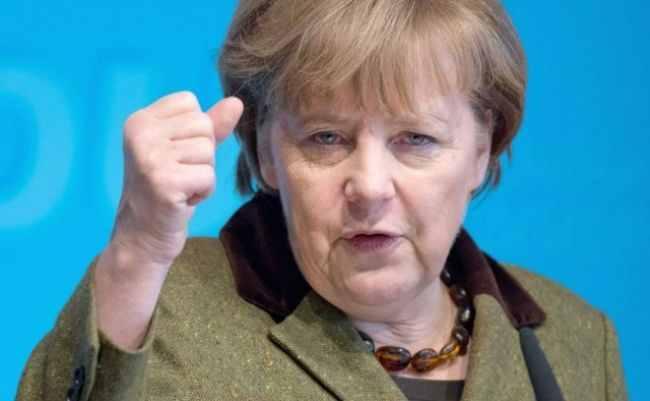 ميركل: ألمانيا تعارض قرار ترامب بشأن القدس