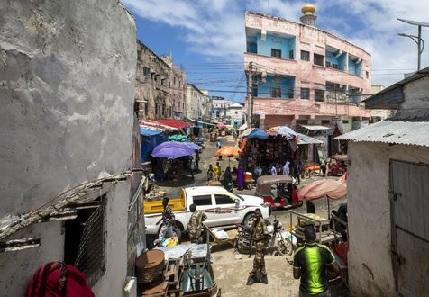 جريمة مروعة.. 11 شخصا يغتصبون صومالية