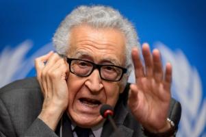 مصدر: الاخضر الابراهيمي يستقيل من مهمته في سوريا