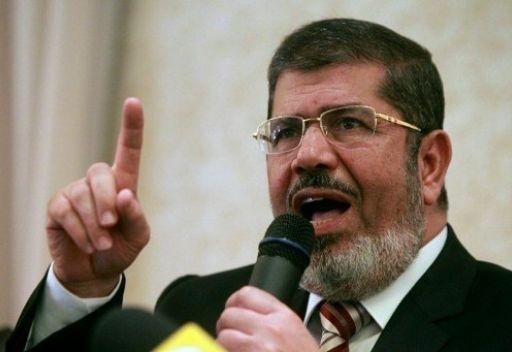 مرسي يعنف شقيقه الأكبر بعد كشف أسراره