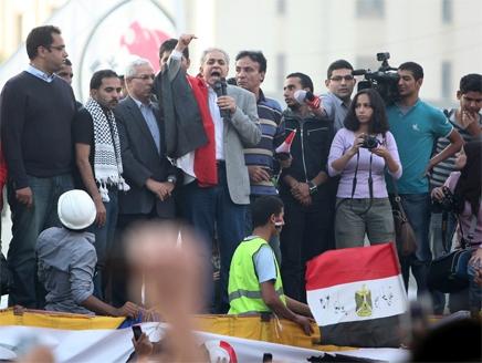 """""""جبهة الإنقاذ"""" تطالب مجددا بإسقاط الاعلان الدستوري"""