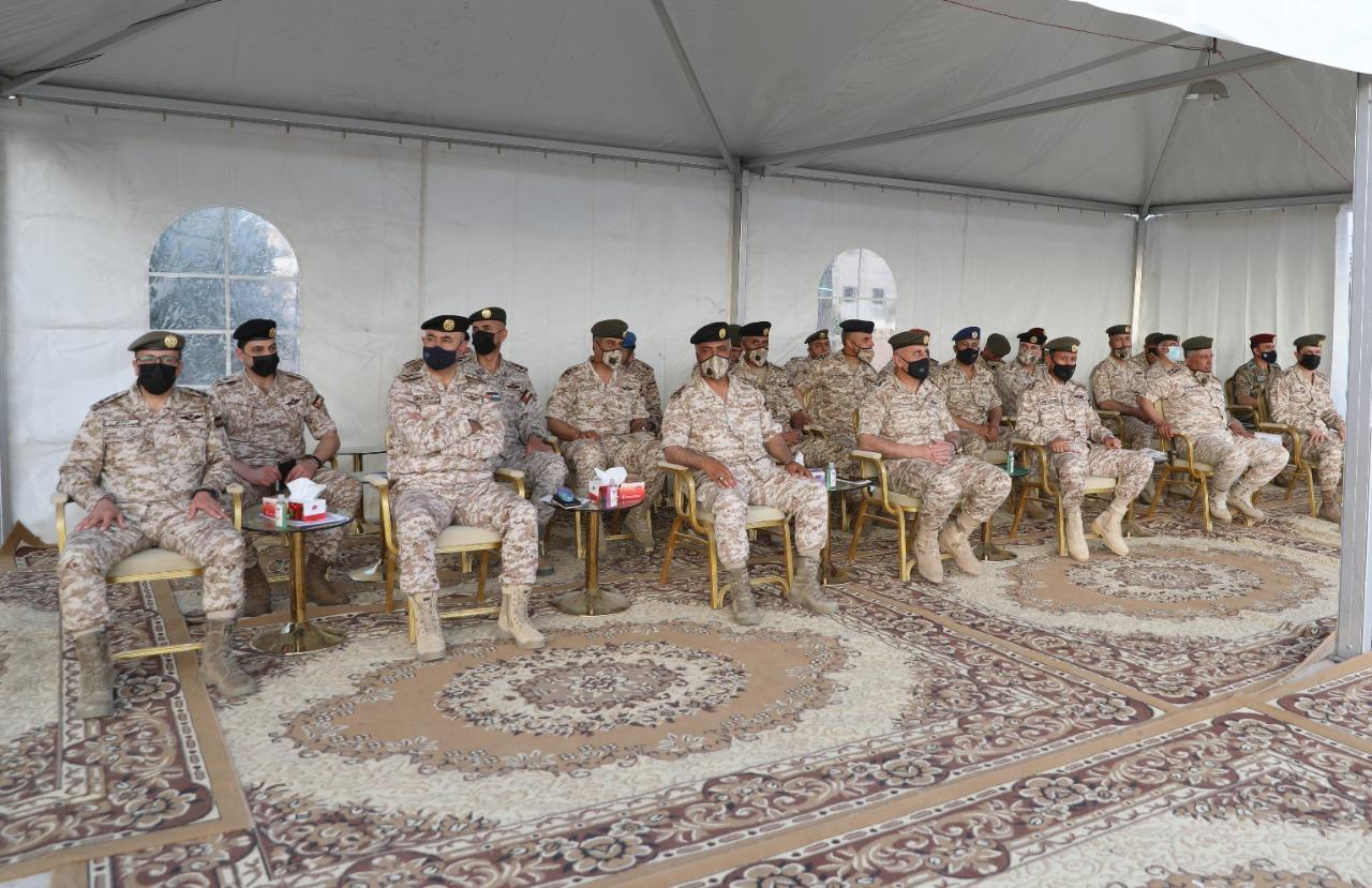 الحنيطي يشارك اللواء المدرع 60 الاحتفال باستلام دبابة السينتارو