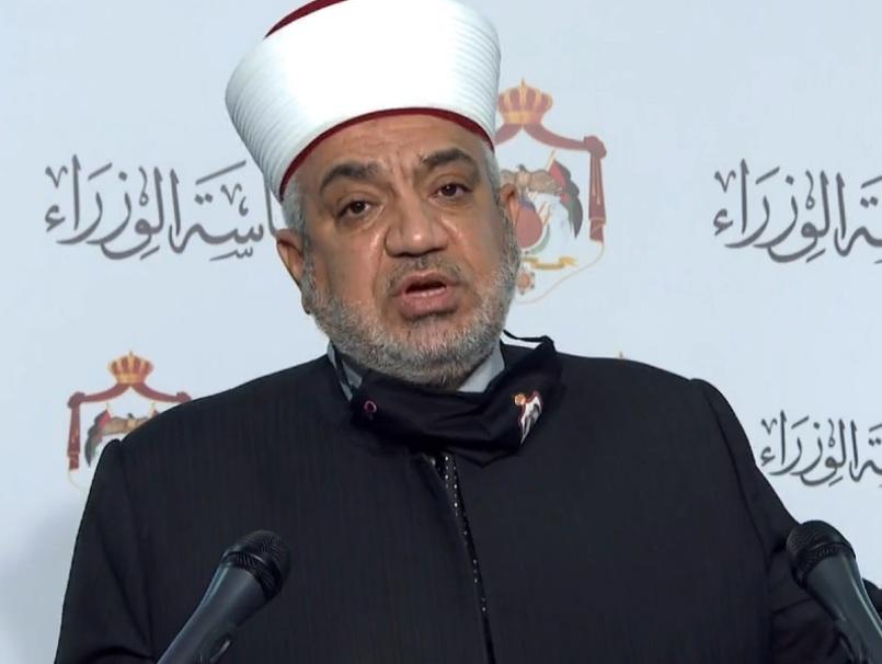 وزير الأوقاف يدين الاعتداءات على المصلين العزل في صلاة التراويح