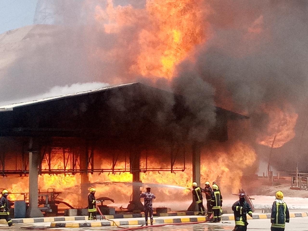 الدفاع المدني يتمكن من اخماد حريق خطوط نفط في محافظة العقبة