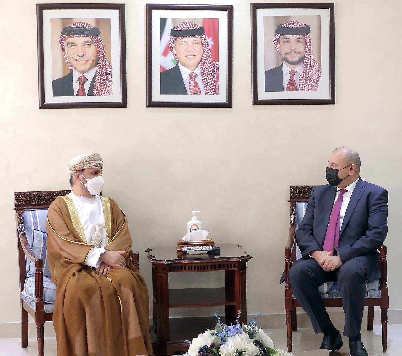رئيس مجلس النواب يلتقي سفيري عُمان وكازاخستان