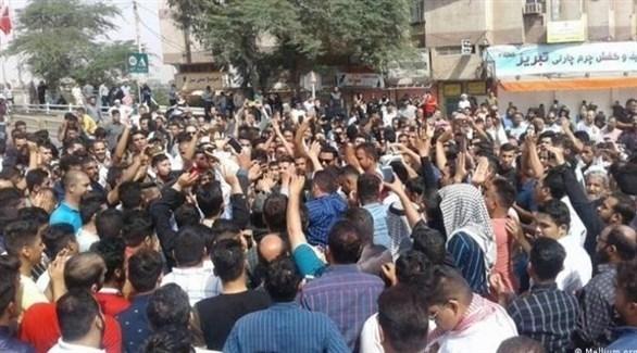 هتافات ضد خامنئي في طهران مع تصاعد احتجاجات أزمة المياه