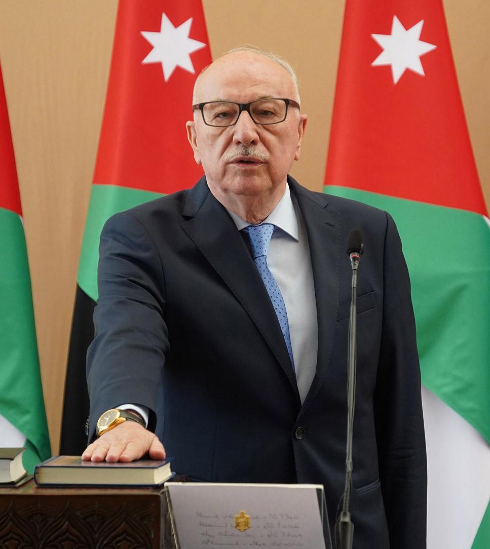 وزير الأشغال يبحث مع نظيره الفلسطيني أوجه التعاون المشترك