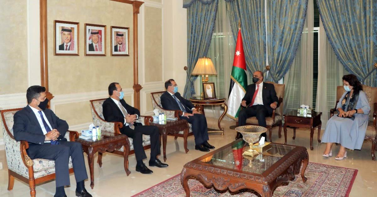 رئيس الوزراء يستقبل وزراء الطاقة في مصر وسوريا ولبنان