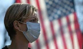 السلطات الصحية الأميركية تفرض وضع الكمامة مجددا في الأماكن العالية الخطورة
