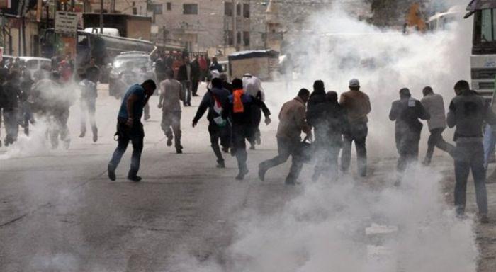 اصابة عشرات الفلسطينيين برصاص الاحتلال بعدة مناطق بالضفة الغربية
