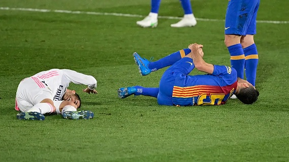 إصابة فاسكيز تنهي مشواره مع ريال مدريد
